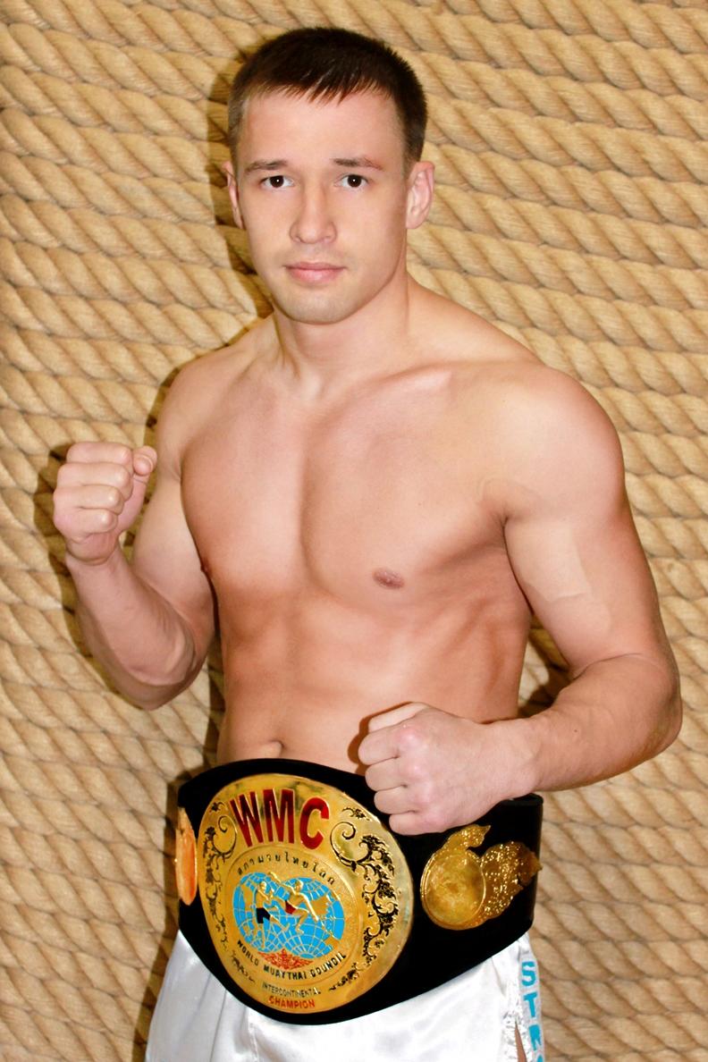 Тренер по тайскому боксу